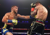 lomachenko-linares-fight (6)